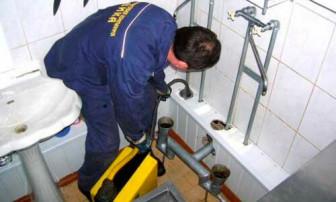 Самостоятельная прочистка канализации в домашних условиях